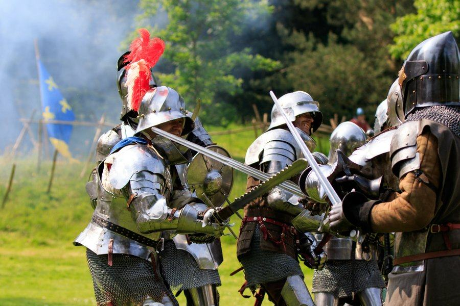 Knights fighting at Arundel Castle Siege event 2016