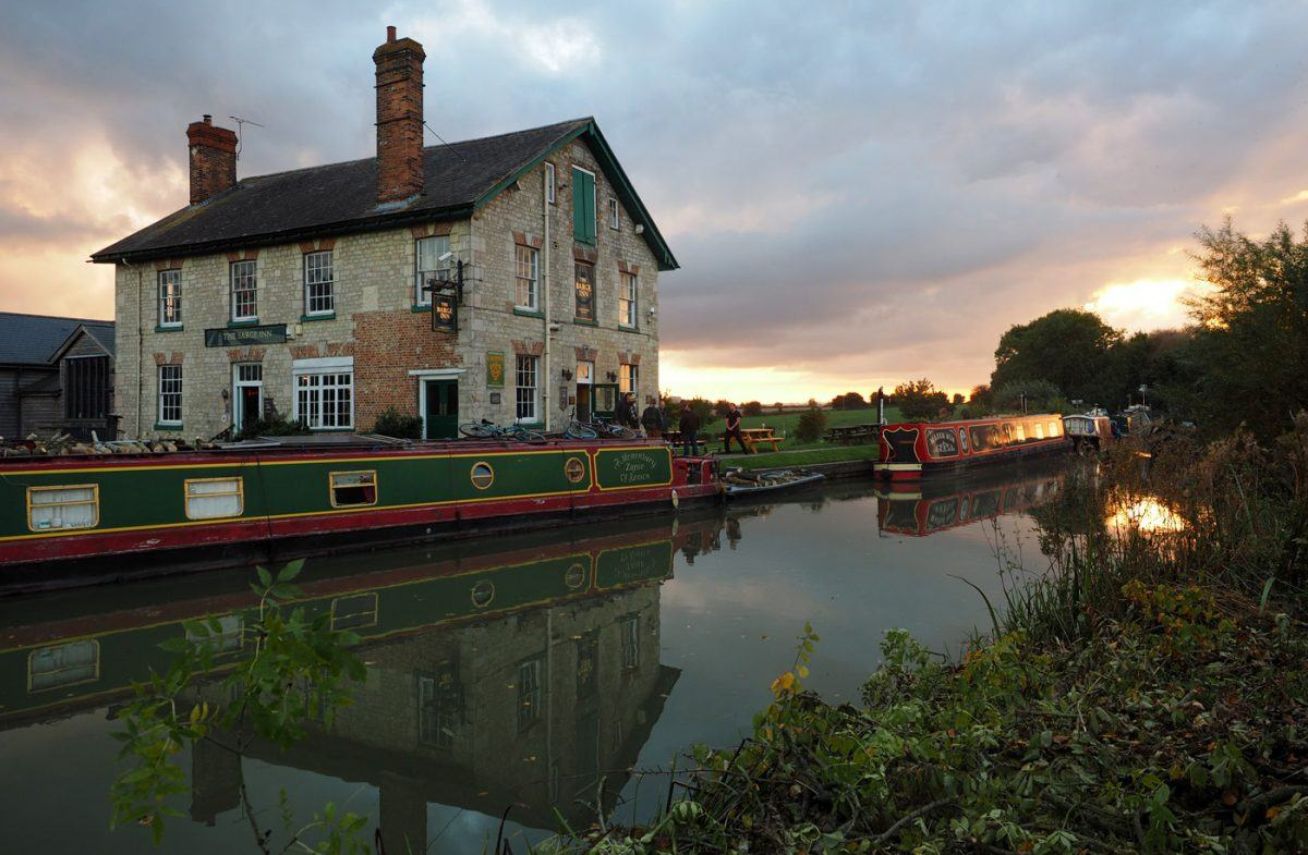 The Barge Inn pub