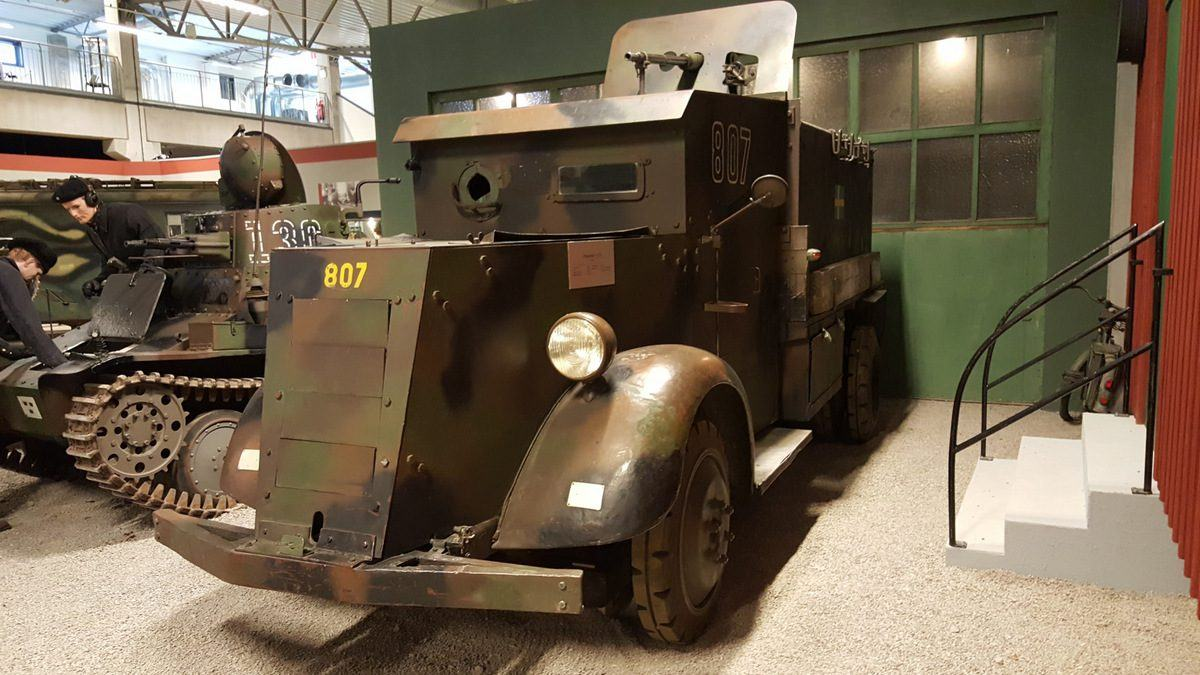 Pansarbil M31