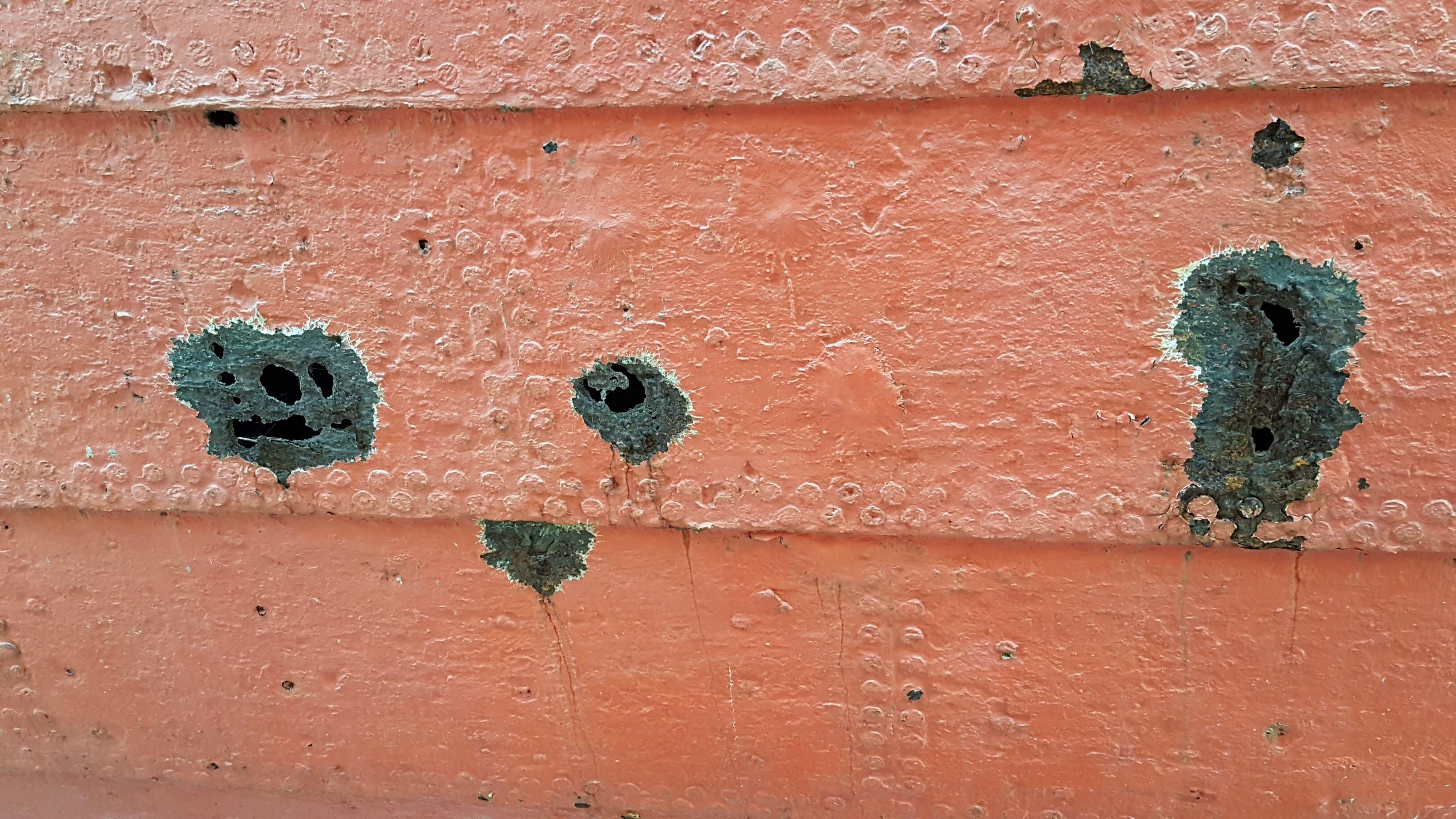 Rust holes