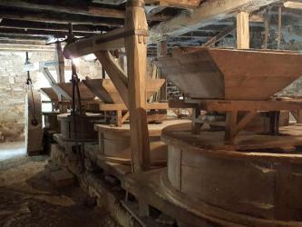 Mill stones at Cougnaguet