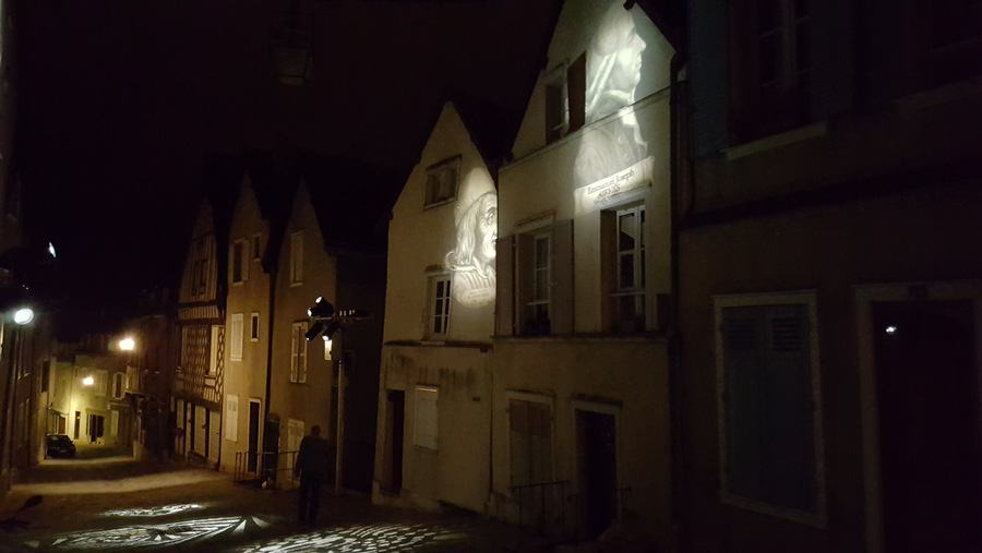 Images projected on Chartres houses
