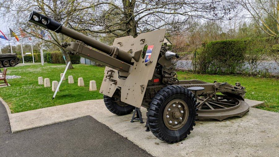 Brown painted howitzer