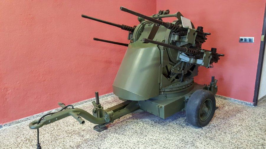 quadruple 12.7mm Browning machine gun AA gun