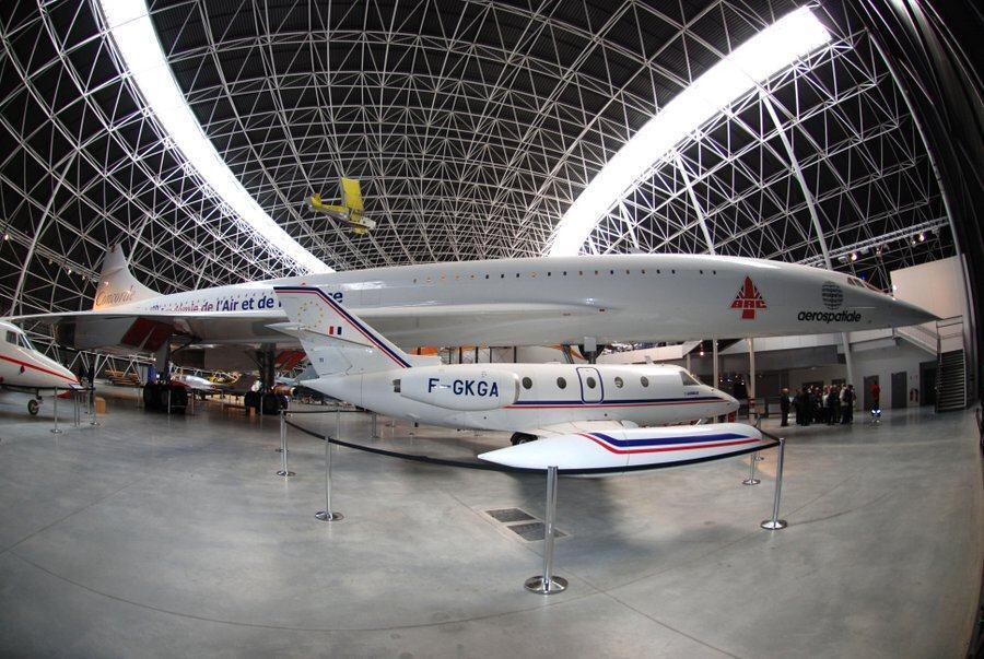 Fisheye lens photo of Concorde in the Aeroscopia hanger