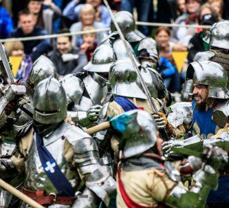 Knights do battle at Images from Arundel Castle Siege event 2016