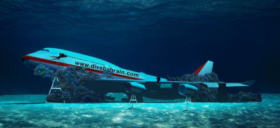 Design illustration of underwater Boeing 747 propped up on pylons in blue water