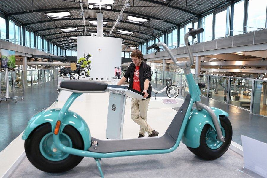 Giant E-scooter