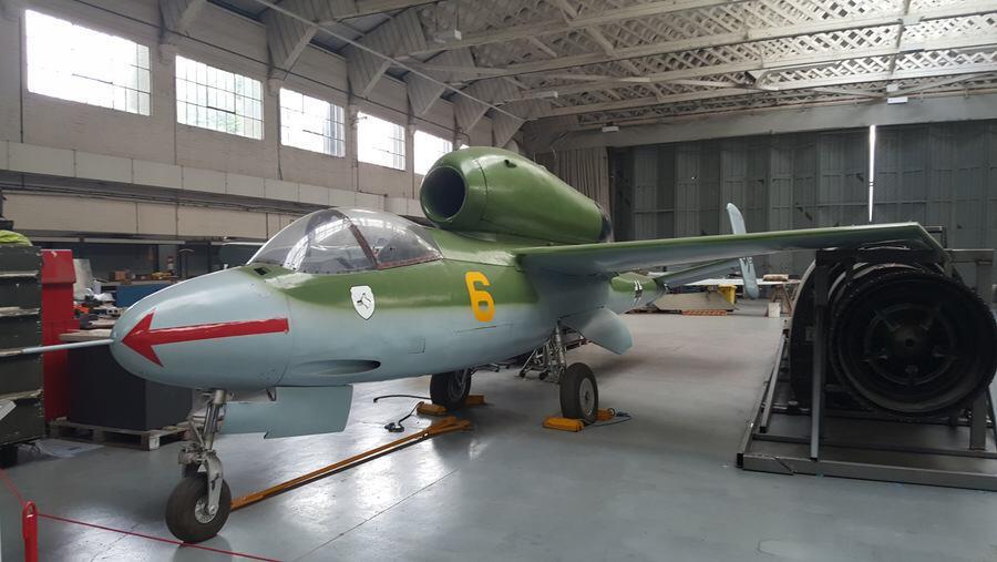Heinkel HE-162