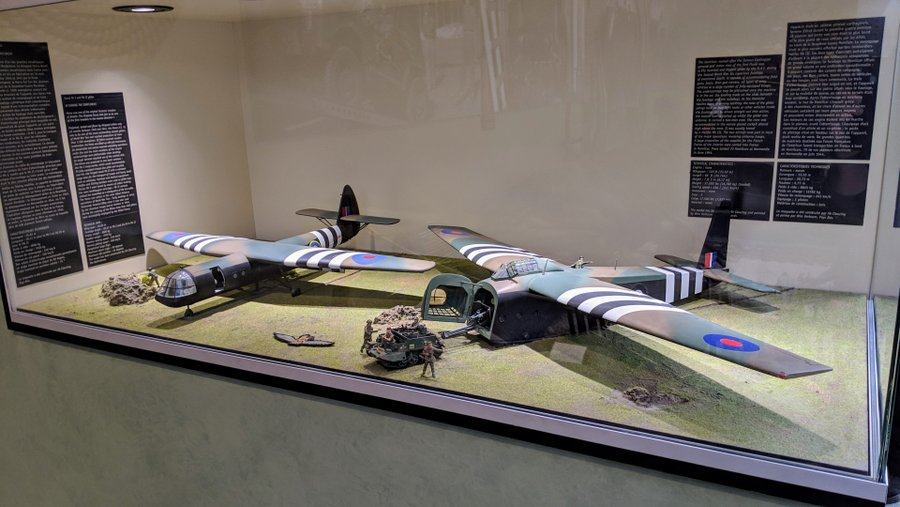 Models of the Horsa & Hamilcar gliders in a display case