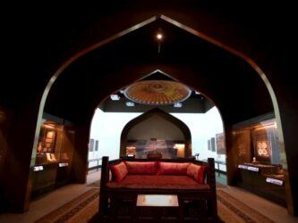 Gallery with an ottoman bed