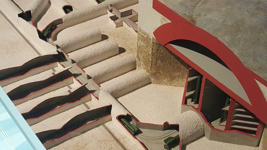 Cutaway model of la Coupole tunnels & tracks