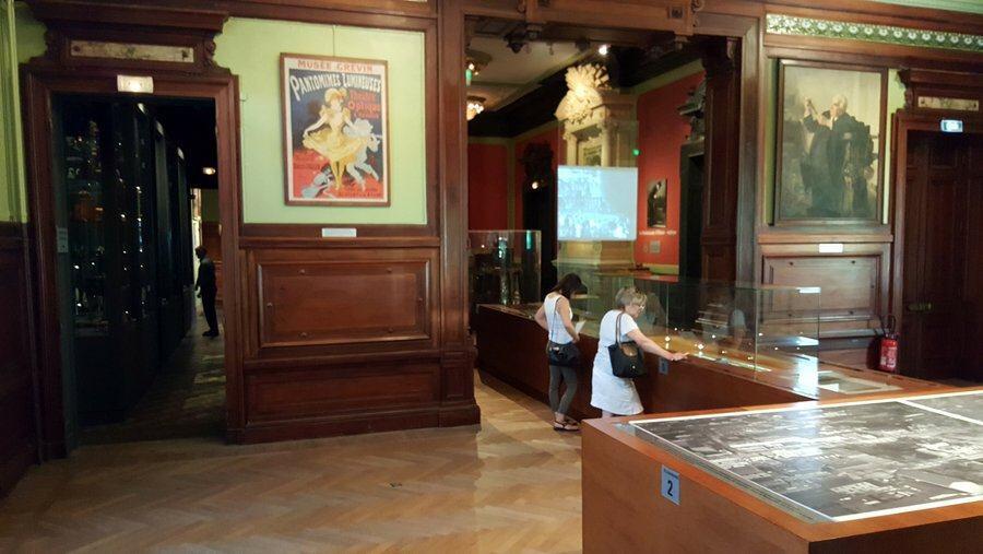 Museum displays at Musée Lumière