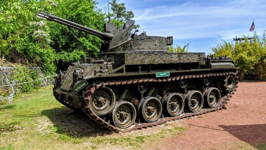 Tracked vehicle with anti-aircraft guns on top