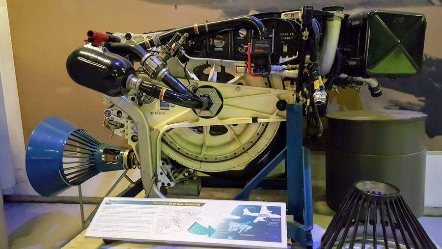 Cutaway refueling machinery