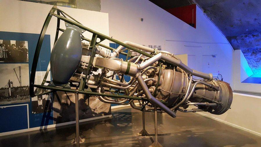 Replica V2 engine on display