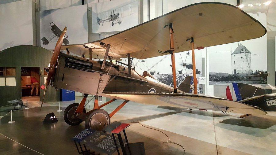 Square engined biplane