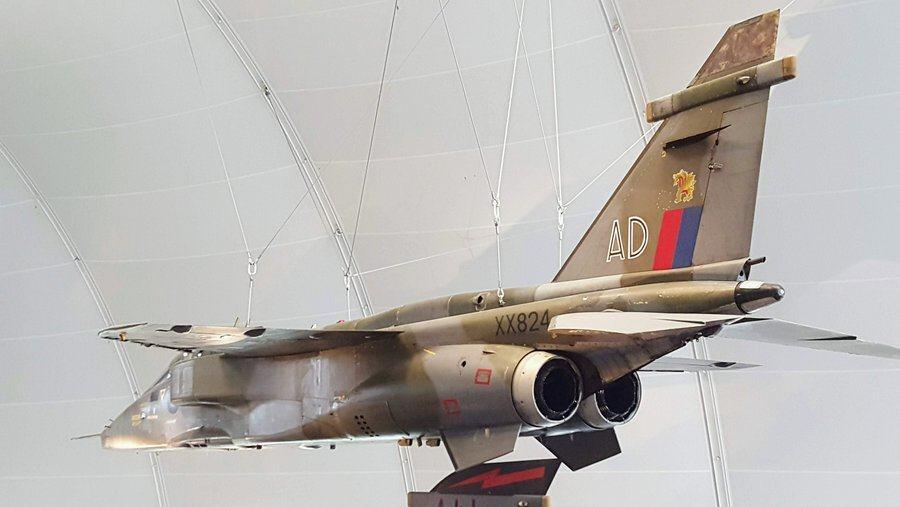 Sepecat Jaguar GR.1, suspended