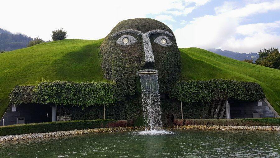 Swarovski Kristallwelten giant face facade