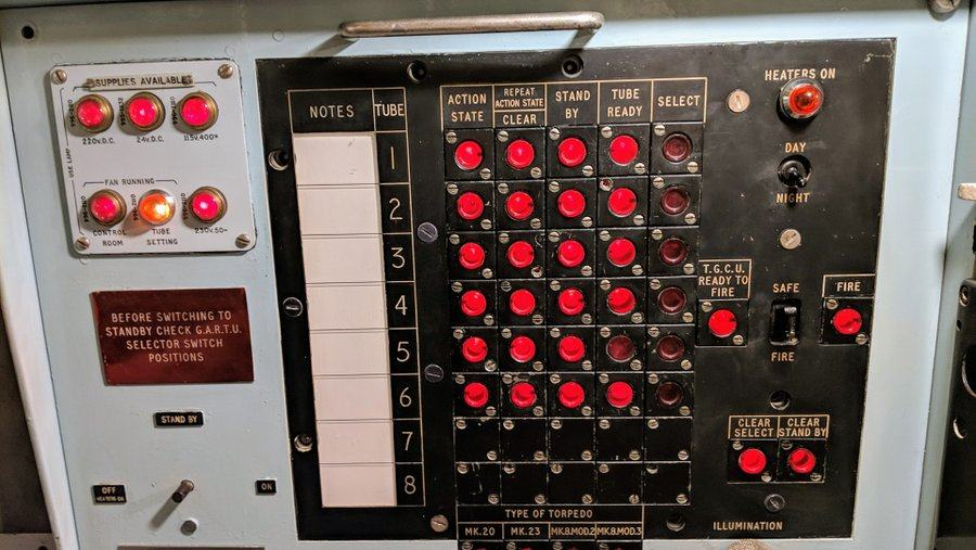 A black box with a grid of red indicator lights