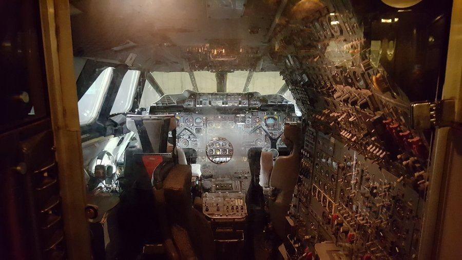 Concorde perspex cockpit barrier