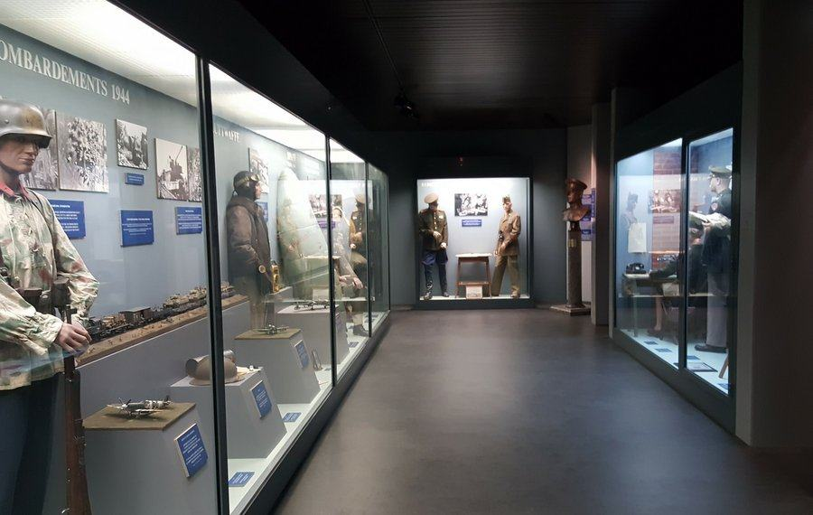 A gallery at the Musée de la Reddition