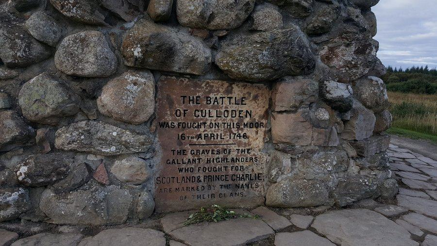 Close up of the plaque on the Culloden cairn monument